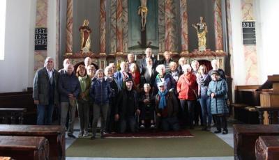 Klagenfurter Gruppe in der Kirche Zlan (Foto Sieglinde Oborny)