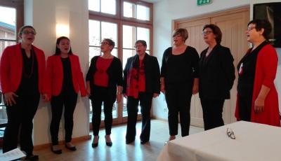 Foto des Frauenchores Vorderberg, unter der Leitung von Frau Julia Plozner (Foto Michaela Rogi)