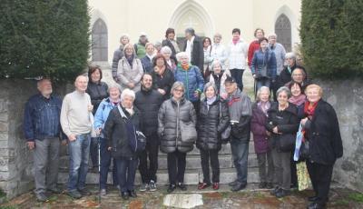 Ökumenische Gruppe mit Pfarrer Mag. Thomas Körner in Arriach (Foto: Sieglinde Oborny)
