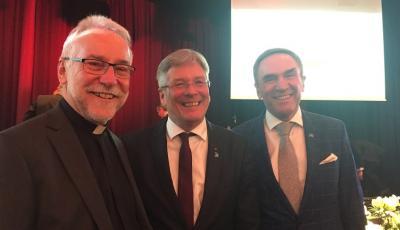 auf dem Foto der designierte Diözesanbischof Dr. Josef Marketz, LH Dr. Peter Kaiser und Superintendent Mag. Manfred Sauer (Foto Renate Sauer)