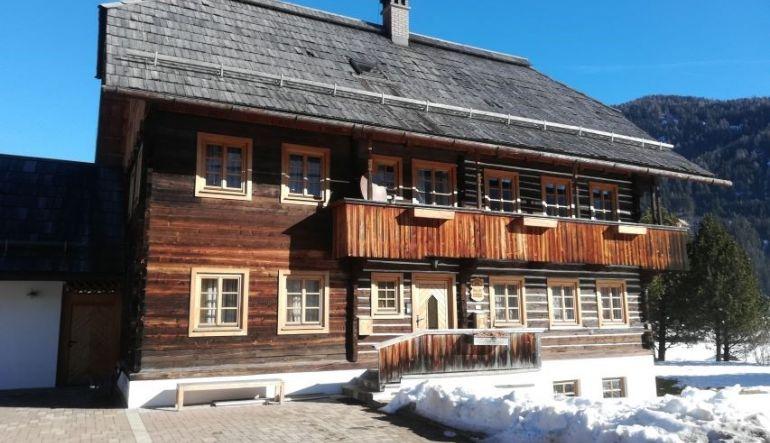 Foto HAPAX Pfarrhaus Wiedweg umgestaltet auf 770x433 pixel (Bildrechte Verein HAPAX)