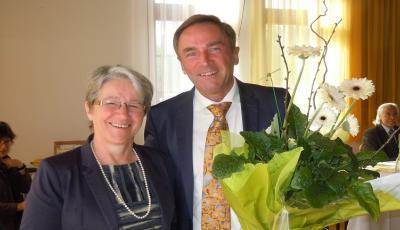 Auf dem Foto: Geschäftsführerin des Evang. Diözesanmuseum Mag.a Hilde Schaumberger und Superintendent Pfarrer Mag. Manfred Sauer (Foto: Senior Mag. Michael Guttner)